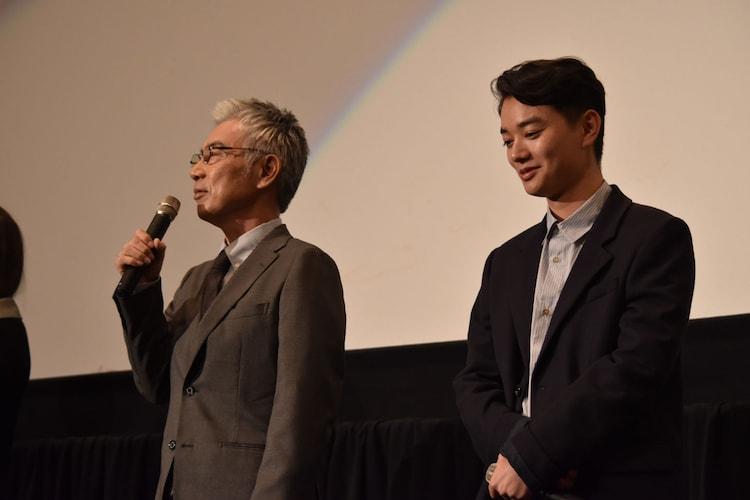 撮影時のエピソードを語るイッセー尾形(左)、染谷将太(右)。