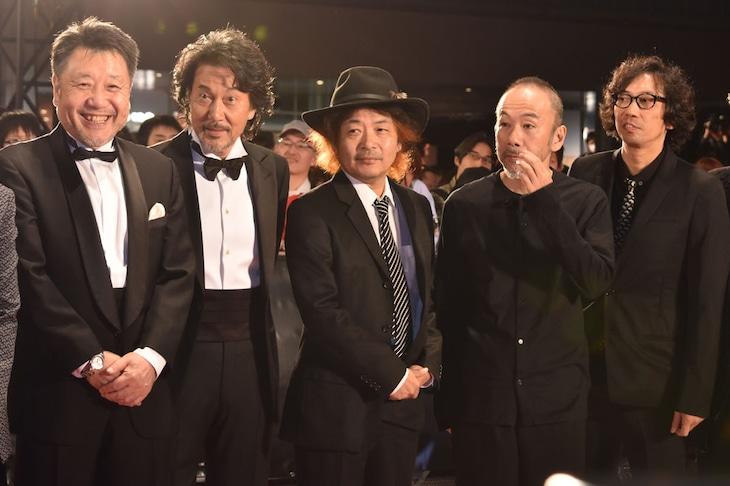 Japan Now部門からの参加者。左から原田眞人、役所広司、園子温、塚本晋也、行定勲。