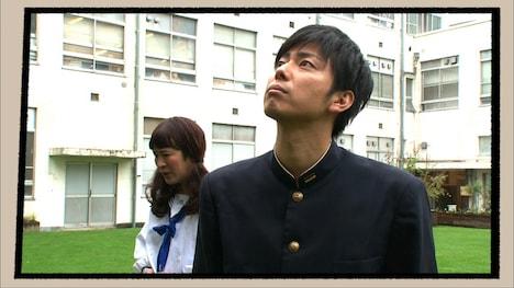 ラフレクランの4コマコント「コージ先輩」(c)日本テレビ