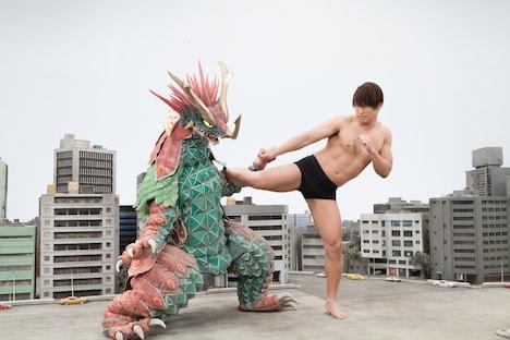 「大怪獣モノ」撮影現場にて。 (c)2016『大怪獣モノ』製作委員会