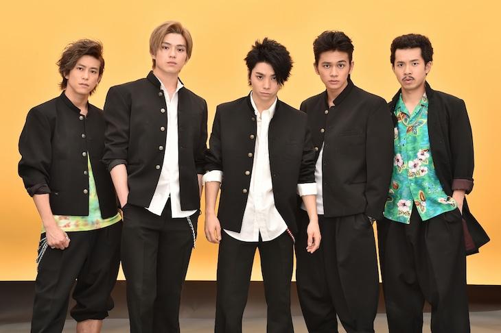 テレビドラマ「仰げば尊し」出演陣。左から佐野岳、真剣佑、村上虹郎、北村匠海、太賀。
