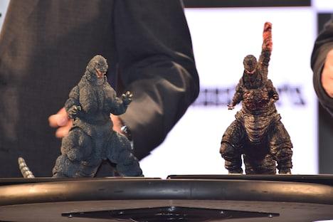 「S.H.MonsterArts ゴジラシリーズ」発表会で紹介されたフィギュア。