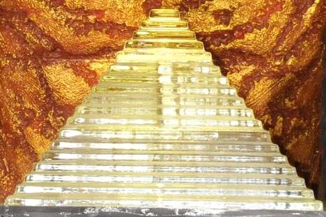 1/250スケールの氷のピラミッド。