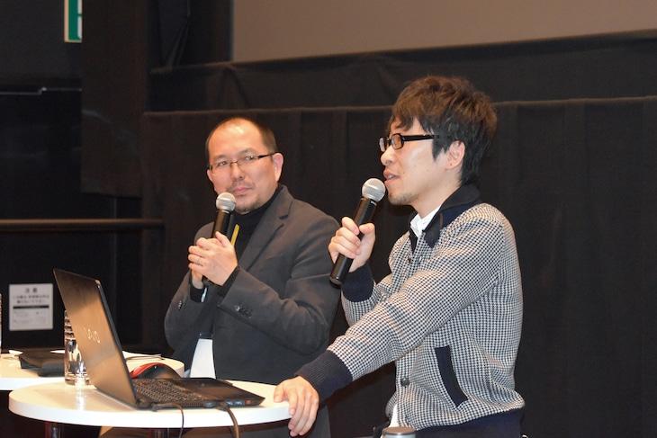 「吉浦康裕がパトレイバーREBOOTに至るまで」の様子。左からMCの藤津亮太、吉浦康裕。