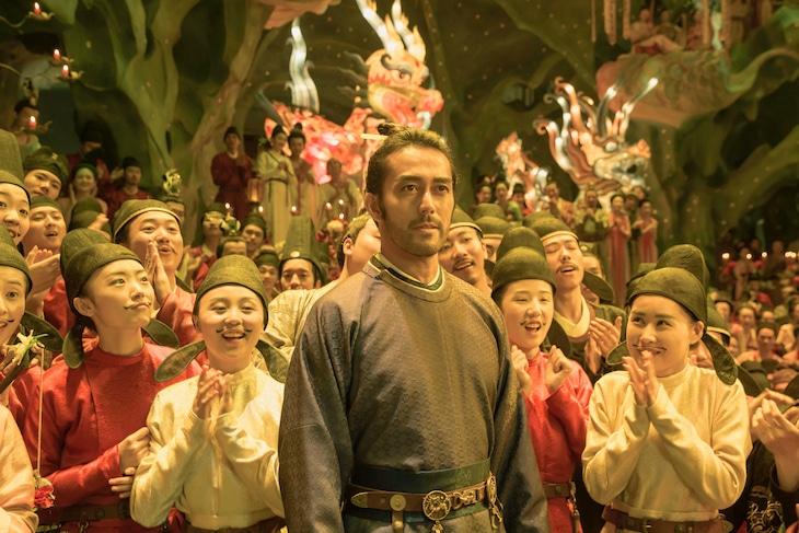 「空海―KU-KAI―」に阿倍仲麻呂役で出演する阿部寛(中央)。