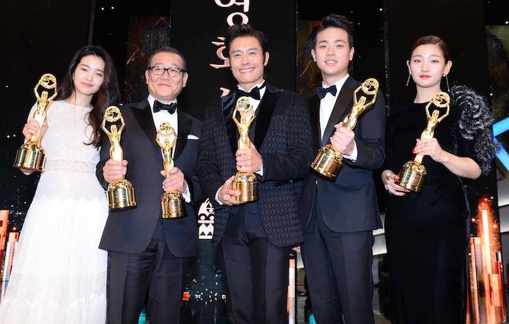 青龍映画賞授賞式の様子。(c)スポーツ朝鮮