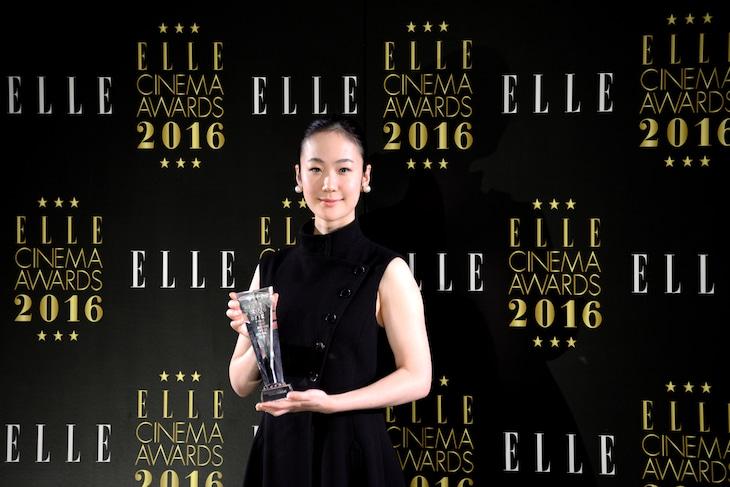 エル シネマ大賞2016授賞式に出席した黒木華。