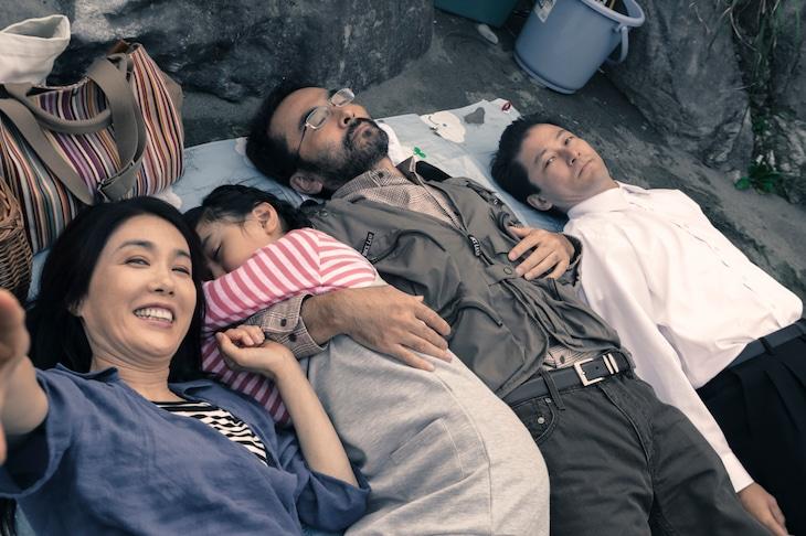 「淵に立つ」 (c)2016映画「淵に立つ」製作委員会/COMME DES CINEMAS
