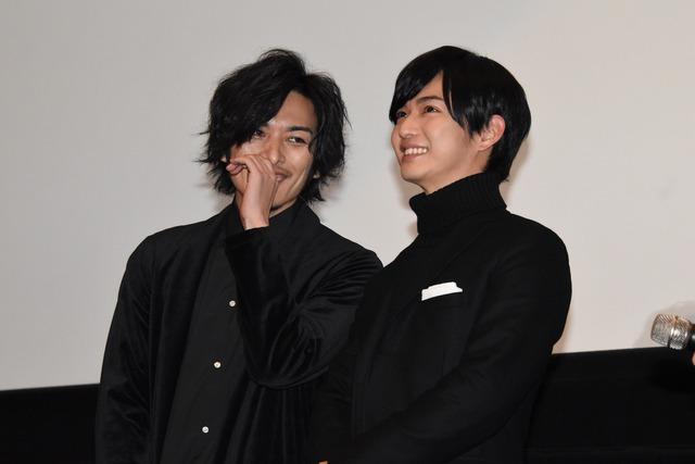 左から久保田悠来、千葉雄大。
