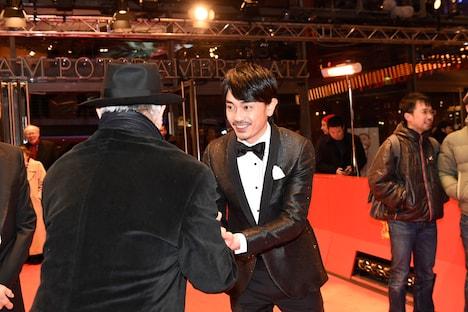 第67回ベルリン国際映画祭に出席した青柳翔。