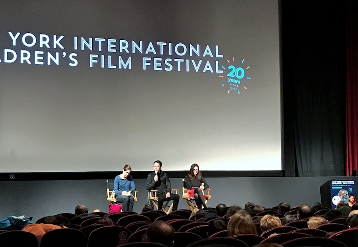 第20回ニューヨーク国際子ども映画祭に出席した神山健治(中央)。