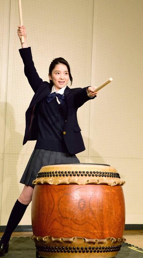 「あまのがわ」で主演を務める福地桃子。
