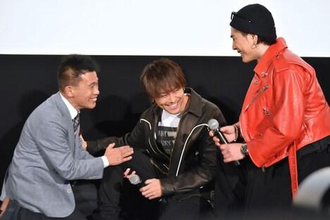 左から柳沢慎吾、TAKAHIRO、登坂広臣。