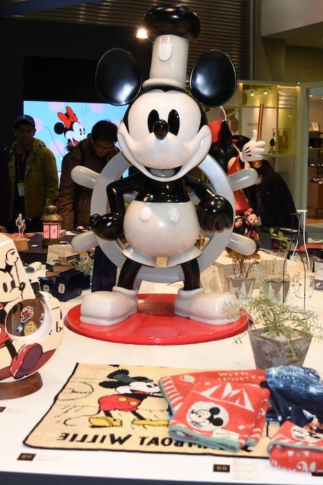 「蒸気船ウィリー」のミッキーマウス。