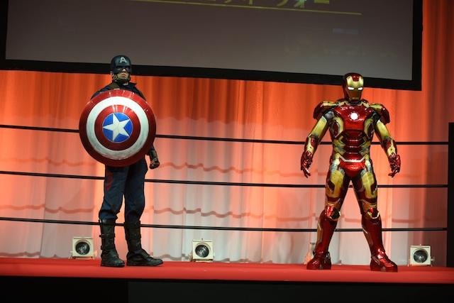 左からキャプテン・アメリカ、アイアンマン。