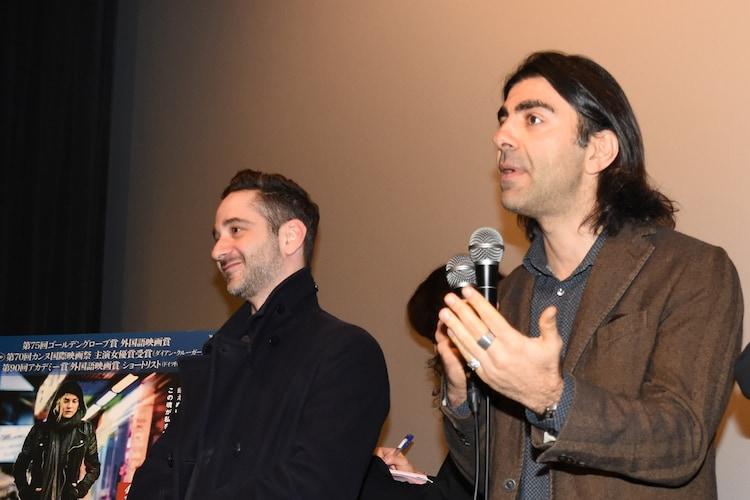 本作への思いを語るファティ・アキン(右)と、デニス・モシット(左)。