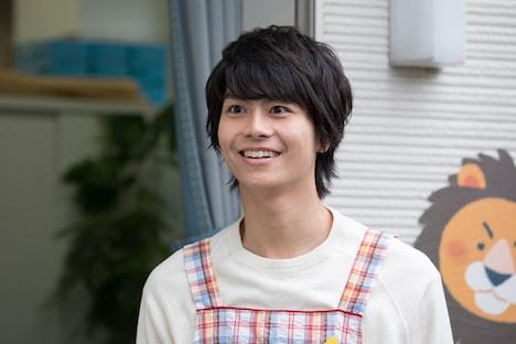 「ヒーローママ★リーグ」より、幼稚園の先生役の多和田秀弥。