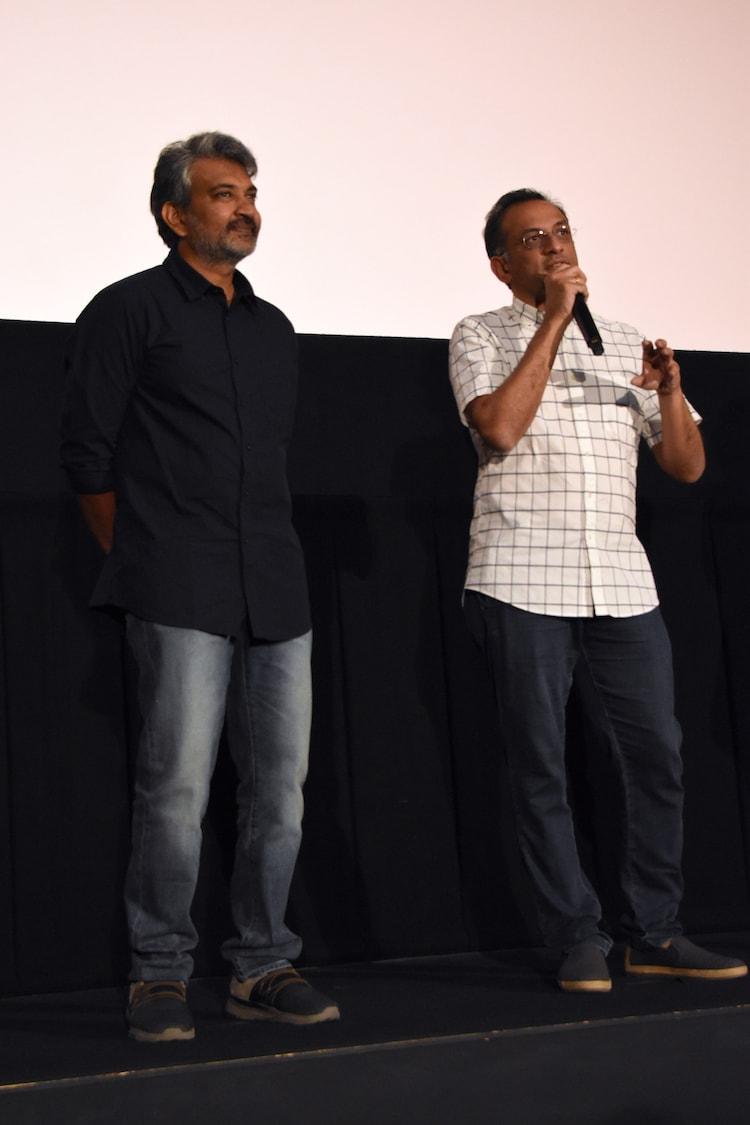 左からS・S・ラージャマウリ、ショーブ・ヤーララガッダ。