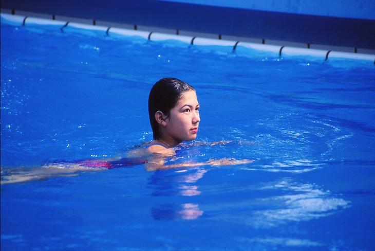 「水の中の八月」