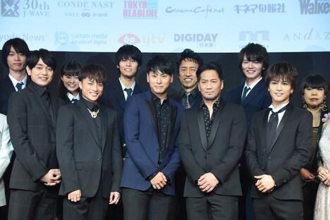 前列左から青柳翔、白濱亜嵐、山下健二郎、EXILE HIRO、岩田剛典。