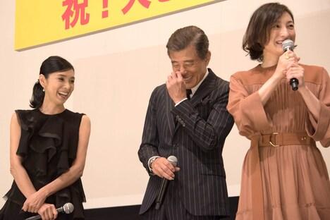 左から黒木瞳、舘ひろし、広末涼子。
