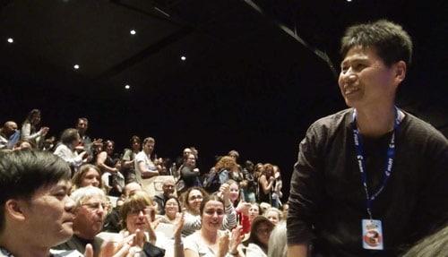 アヌシー国際アニメーション映画祭の舞台挨拶に登壇した高坂希太郎。