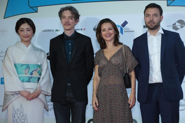 左から常盤貴子、スワン・アルロー、アンヌ=ドフィーヌ・ジュリアン、ユベール・シャルエル。