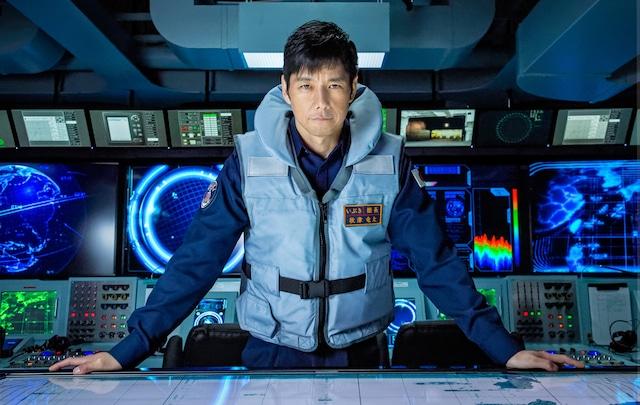 「空母いぶき」より、西島秀俊演じる秋津竜太。