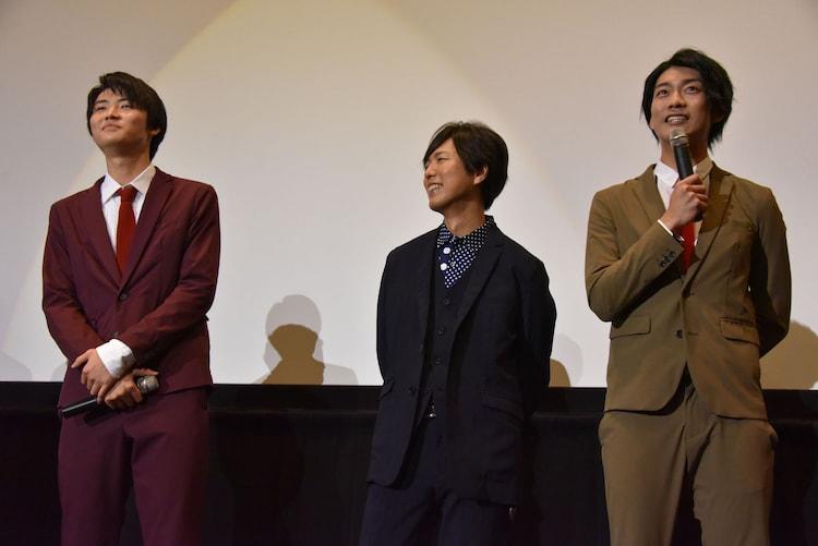 左から岐洲匠、神谷浩史、南圭介。