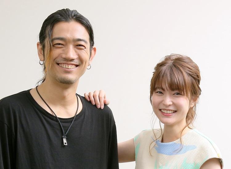 左から谷口賢志、東亜優。