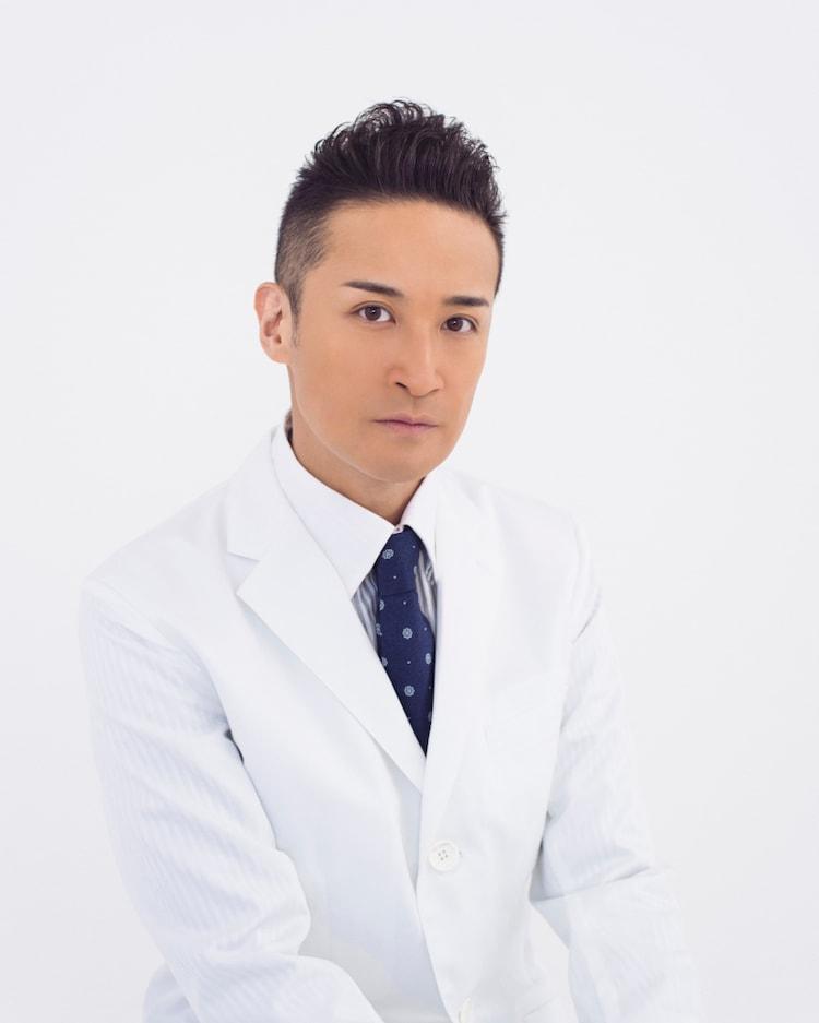 松岡昌宏演じる井原侑市。