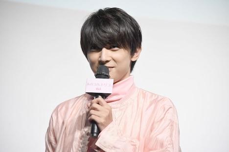 「雫のためならなんだってできる」というセリフを、ファンの名前に変えて再現する吉沢亮。