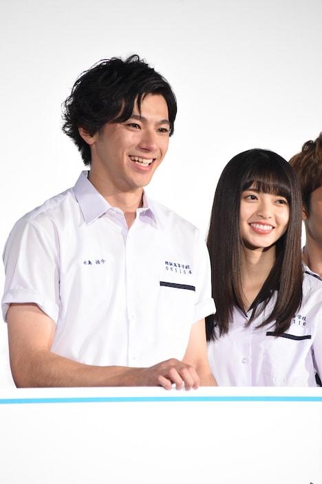 左から山田裕貴、齋藤飛鳥(乃木坂46)。