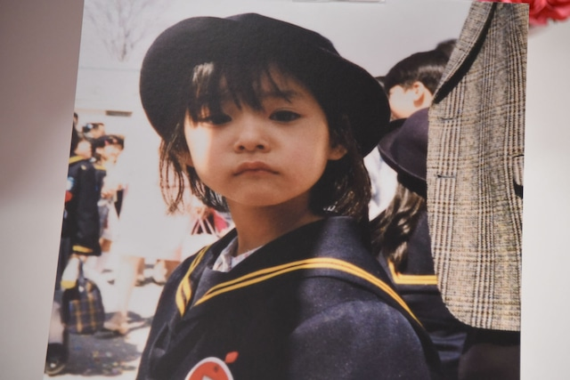 幼稚園の頃の新木優子。