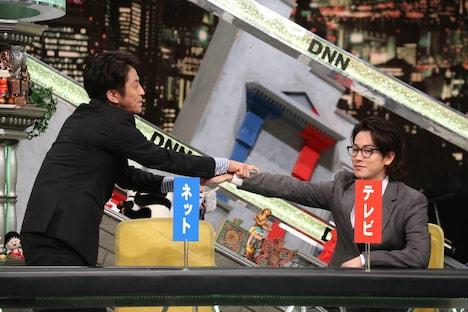 「全力!脱力タイムズ」より、左から堀内健、佐藤健。