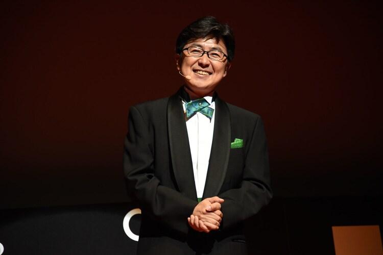 第31回東京国際映画祭オープニングセレモニーで司会を務めた笠井信輔。