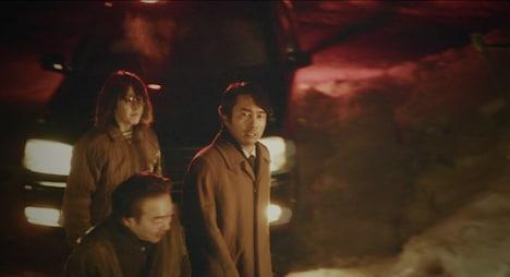 「赤い雪 Red Snow」より、眞島秀和演じる白川博史。