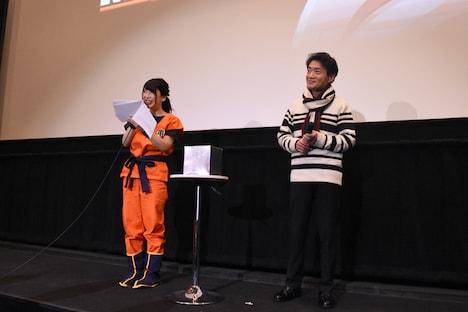 左から司会の高岡香、島田敏。