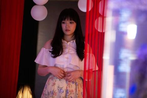 「LOVEHOTELに於ける情事とPLANの涯て」新場面写真。三浦萌演じる麗華。