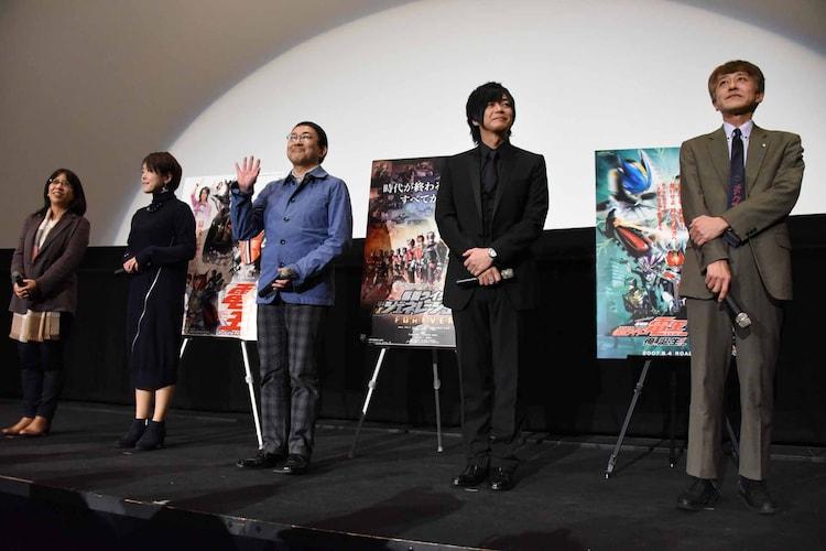 左から武部直美、小林靖子、関俊彦、遊佐浩二、白倉伸一郎。