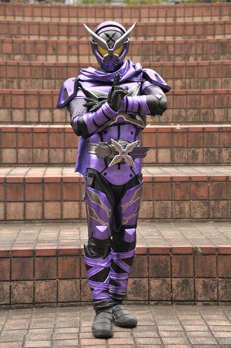 「仮面ライダージオウ」より、仮面ライダーシノビ。