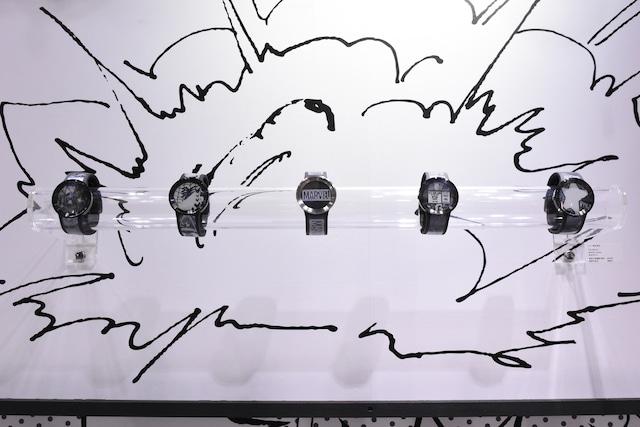 「マーベル」作品がモチーフの腕時計。