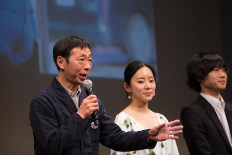 鈴木卓爾(左)