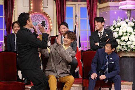 3月18日放送の「人生が変わる1分間の深イイ話×しゃべくり007 合体SP」より、片寄涼太(前列中央)。(c)日本テレビ
