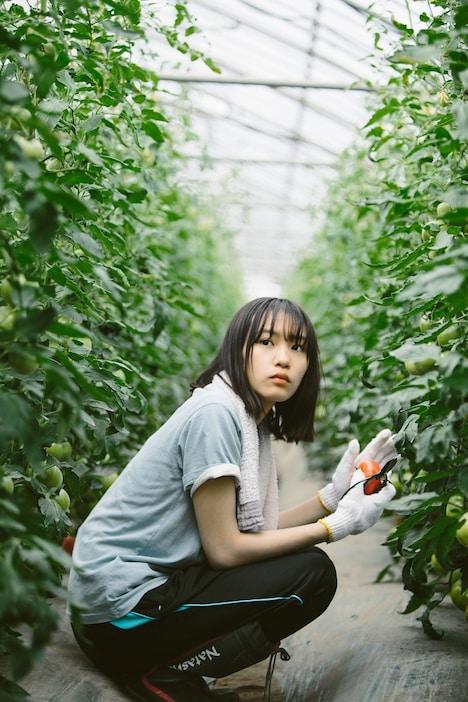 「もみの家」より、南沙良演じる本田彩花。