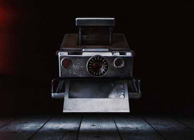 「Polaroid(原題)」 (c)2019 DPC SUB 1A1, LLC