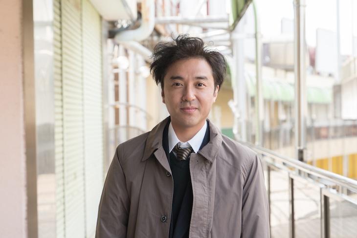 ムロツヨシ演じる狛江光雄。