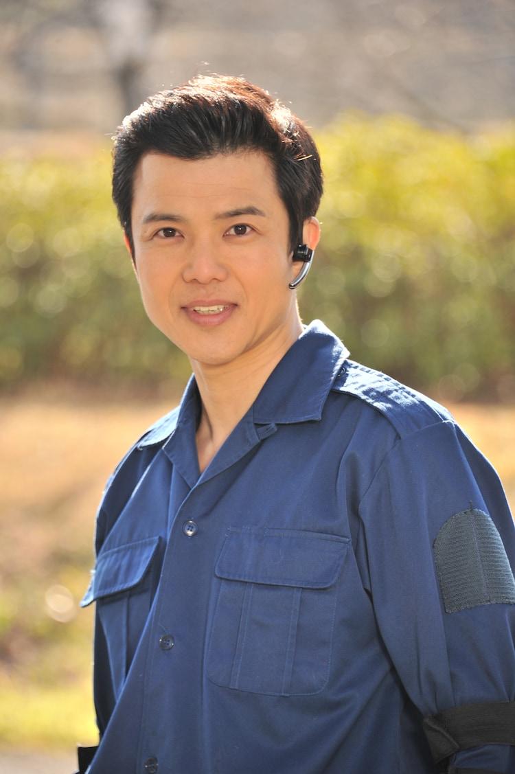 柴田明良演じる尾室隆弘。