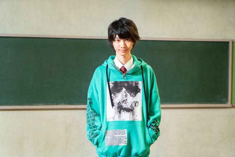 小野寺晃良演じる村松隼人。
