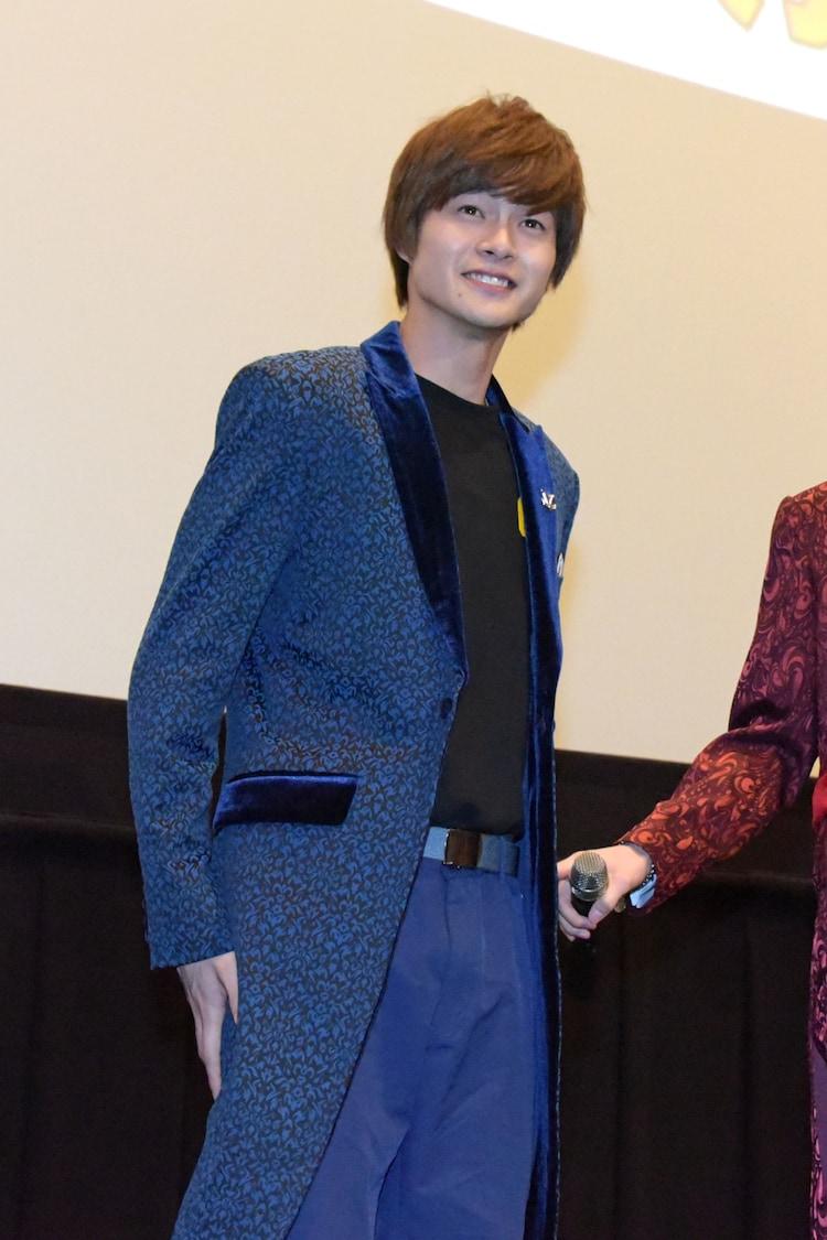 濱正悟と衣装を交換した結木滉星。